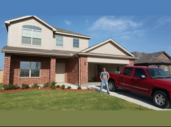 EasyRoommate US - 2K SQ FT HOME, 2 ROOMS FOR RENT, BAILEY BOSWELL RD - Eagle Mountain, Fort Worth - $700 /mo