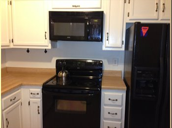 EasyRoommate US - Nice Townhouse Room for Rent near GMU, NGA, including utilities (Springfield/Alexandria/Burke/Fairfa - Alexandria, Alexandria - $600 /mo