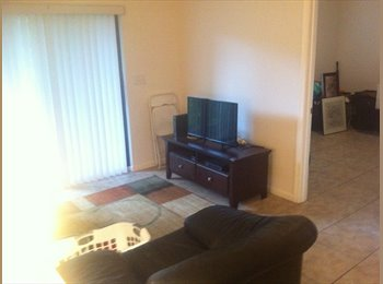 Need roommate. Ft lauderdale. $675 including cable/electric