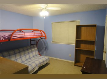 Room for rent in Carrollton