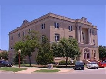 Share A Great Home In Hist. McKinney - Just Off The Square!...