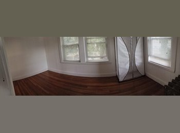EasyRoommate US - $725 1800 sq ft Steps to T (Green), Chestnut Hill, Reservoir, Cleveland Circle, BC, BU - Brighton, Boston - $800 /mo