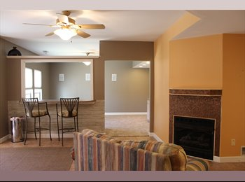 EasyRoommate US - Rental to share with homeowner; student preferred. - Saint Charles, Saint Charles - $650 /mo