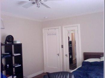 EasyRoommate US - Master Bedroom + Ensuite 3/4 Bathroom: 4 Blocks from TCU - Edgecliff, Fort Worth - $750 /mo
