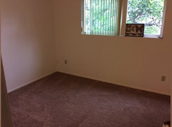 EasyRoommate US - Second Bedroom for rent - Oceanside, San Diego - $730 /mo