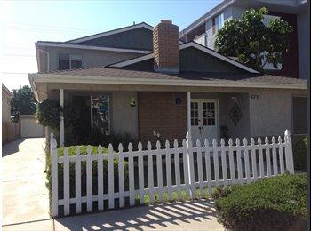EasyRoommate US - Room available in 2bd/1.5 Bath - Long Beach, Los Angeles - $690 /mo