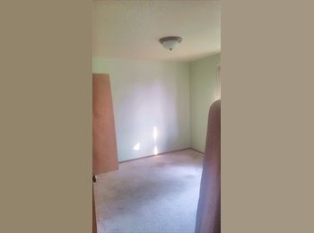 Prior Service Looking for Awesome Roommate!