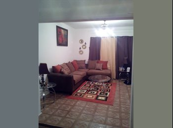EasyRoommate US - WOMEN ONLY TRANSPORTATION CLOSE $300+300 DEPOSIT - South Shore, Chicago - $300 /mo