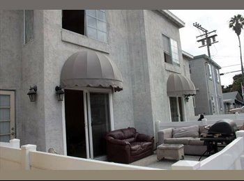 Shared Room Available in Mission Beach