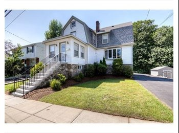 EasyRoommate US - Single family home in vibrant W. Roxbury - West Roxbury, Boston - $612 /mo