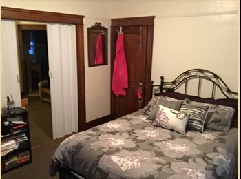 EasyRoommate US - Roommate needed for spare room in spacious apartment - Fort Lee, North Jersey - $650 /mo