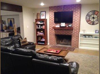 Large Remodeled Room for Rent in Central Phoenix (Encanto...