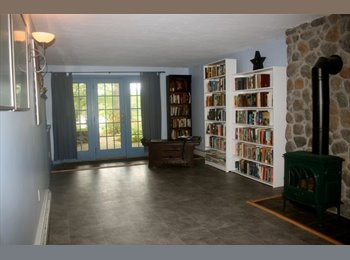$1000/month/ 540 sq. feet Two Spacious Rooms in North...