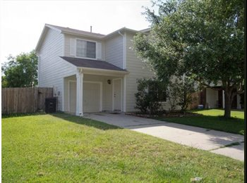 EasyRoommate US - Great quiet and safe Location  - Other Inner Loop, Houston - $575 /mo