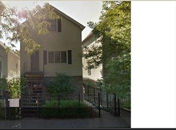 EasyRoommate US - 2 Blocks from Blue Line - Avondale - Avondale, Chicago - $800 /mo