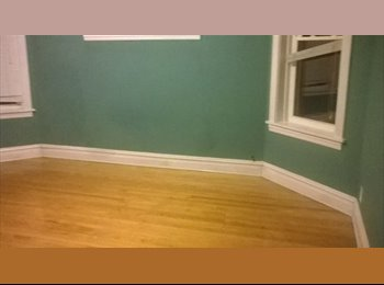 EasyRoommate US - Shared bedroom or small bedroom with 5 other students roomates (W. Wilson Av)  - Lincoln Square, Chicago - $370 /mo