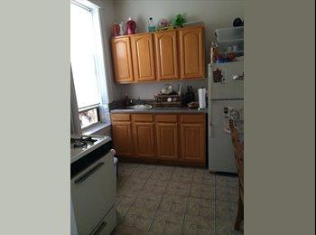 EasyRoommate US - Living Room for Rent in Astoria - single female - Astoria, New York City - $450 /mo