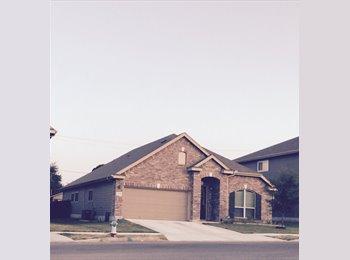EasyRoommate US - looking for clean and non-partying room mate - NE San Antonio, San Antonio - $700 /mo