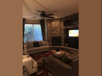 EasyRoommate US - Private pool and gorgeous 3100 sq foot home wiith 2 rooms for rent - Gilbert, Phoenix - $800 /mo