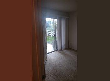 Quaint Room, Great Deal, Lots of Amenities, Quiet Property