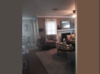 EasyRoommate US - Room For Rent on Austin Ave! - Waco, Waco - $600 /mo