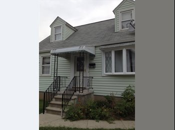 EasyRoommate US - House Share - Central, Baltimore - $700 /mo