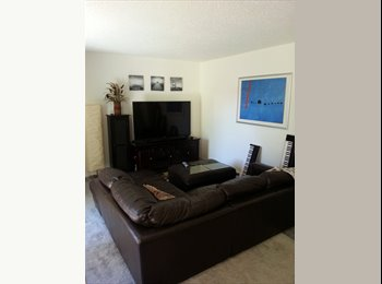 EasyRoommate US - Private room Private bath near CSULB - Long Beach, Los Angeles - $825 /mo
