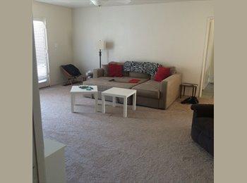 EasyRoommate US - Nice Bright Room  and 2 Great Roommates Near UOP - Stockton, Sacramento Area - $550 /mo