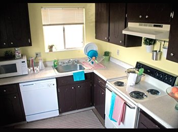EasyRoommate US - 4 Bedroom Apartment 2 Bath! - Chico, Northern California - $500 /mo