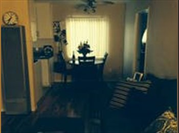 EasyRoommate US - No breed restriction 2bd 1 bth $1750 - Pacific Beach, San Diego - $1,750 /mo