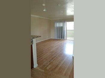 EasyRoommate US - Nice room for rent in Burlingame, CA  - San Mateo County, San Jose Area - $1,315 /mo