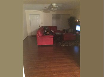EasyRoommate US - 3 bedroom, 2 Bath House - Savannah, Savannah - $498 /mo