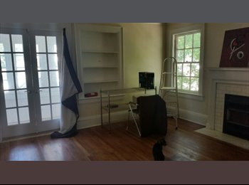 EasyRoommate US - Spacious Room With View of the State Capitol - Charleston, Charleston - $400 /mo