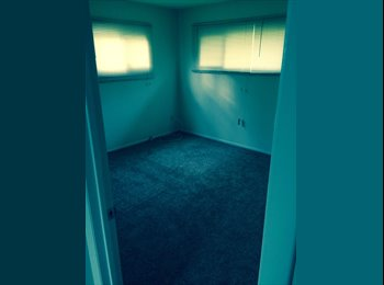 EasyRoommate US - 1 room with shared bathrrom - Norfolk, Norfolk - $700 /mo