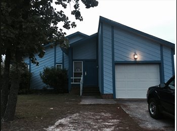 EasyRoommate US - Renting out to military  - Fayetteville, Fayetteville - $500 /mo