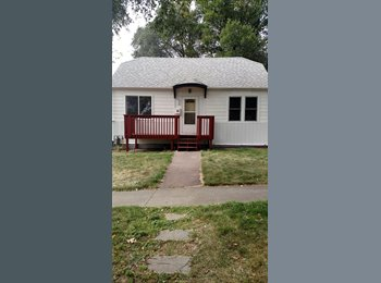 EasyRoommate US - 5-bed house, 2 available - Bismarck, Bismarck - $450 /mo