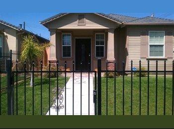 EasyRoommate US - Spacious Room for Rent  - West Sacramento, Sacramento Area - $550 /mo