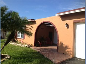 EasyRoommate US - Tropical Paradise Vacation Home - Sunrise, Ft Lauderdale Area - $1,000 /mo
