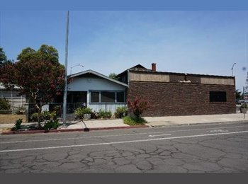 EasyRoommate US - Welcome to your new home! You can start living here today - Downtown Fresno, Fresno - $600 /mo
