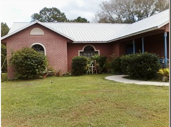EasyRoommate US - roommate for 3 bedroom brick home in country like setting - Vero Beach, Other-Florida - $500 /mo
