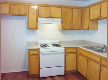 EasyRoommate US - Roommate Wanted for 2 Bed/2 Bath Luxury Apartment  - Victorville, Southeast California - $500 /mo