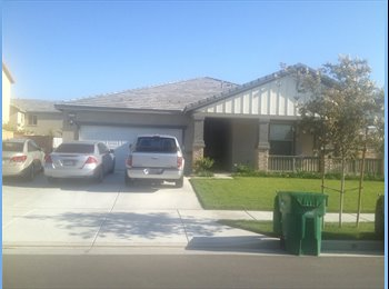 EasyRoommate US - Room for rent - Corona, Southeast California - $475 /mo