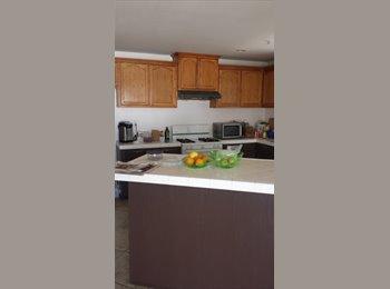 EasyRoommate US - Room for rent  - Riverside, Southeast California - $475 /mo