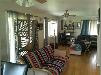 EasyRoommate US - Rare rainforest, ocean, city, views and country living in honolulu - Oahu, Oahu - $1,050 /mo
