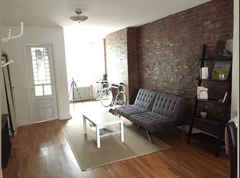 EasyRoommate US - Cozy room in prime Williamsburg apartment - Williamsburg, New York City - $1,650 /mo