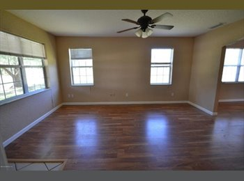EasyRoommate US - Room available.  - North Jacksonville, Jacksonville - $267 /mo