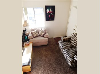 MASTER BEDROOM W/PRIVATE BATH FOR RENT