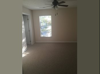 EasyRoommate US - Seeking female roommate  - Northwest, Columbus Area - $470 /mo