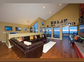 EasyRoommate US - Luxury Executive Beachfront with Rock n Roll Flair - Ocean Beach, San Diego - $3,500 /mo