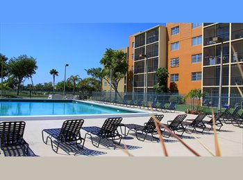 EasyRoommate US - Master Bedroom with private bathroom available - Miramar, Ft Lauderdale Area - $900 /mo